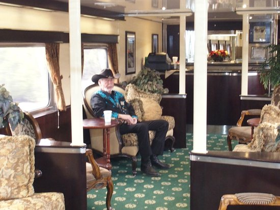 Grand Canyon Railway : Inside the luxury coaches