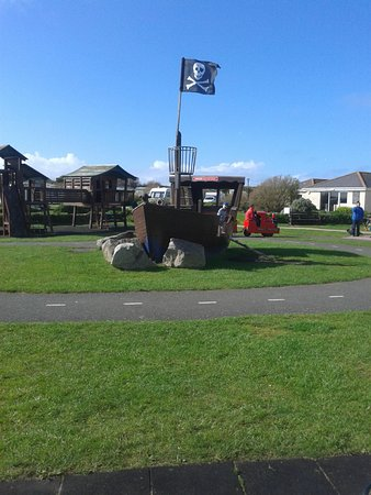 Harlyn Sands Holiday Park: A small amount of the park area, there's lots more!