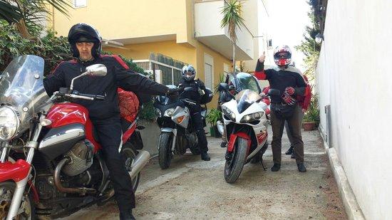 Bed & Breakfast Le Dune: Motociclisti soddisfatti