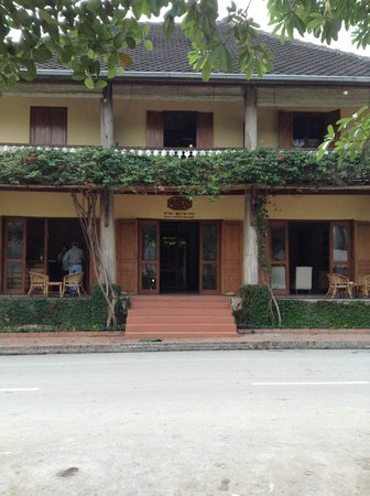 Sala Prabang, main building and reception