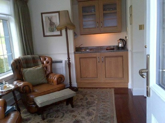 Kilmeny Country House: Suite - sitting room and small sink / tea / coffee/ fridge....