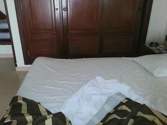 ClubHotel Riu Bambu: horrible mattress!