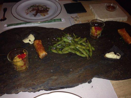 La Candela: Cocina original cuanto menos  Además de riquísima.