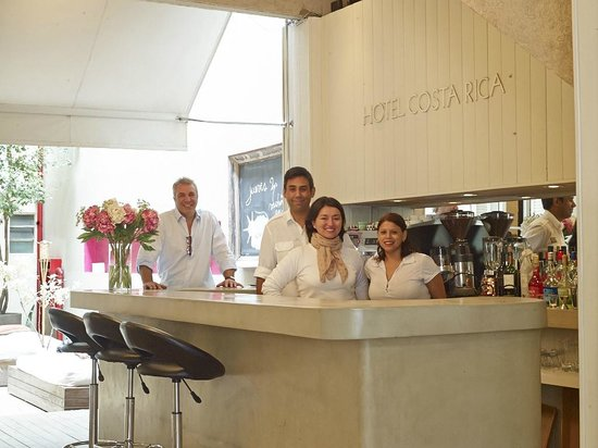 Hotel Costa Rica: Bar in Lobby Area