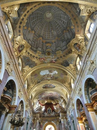 Church of the Jesuits (Universitatskirche): Ceiling view