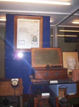 Museo Tecnico Navale della Spezia: apparecchiature di G. Marconi