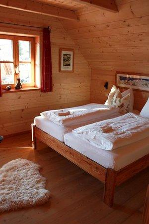 St Martin Chalets: Bedroom
