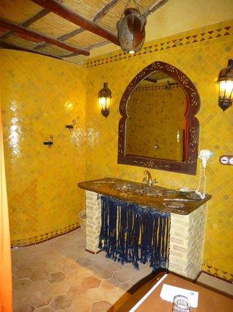 Kasbah Hotel Xaluca Arfoud : Bathroom