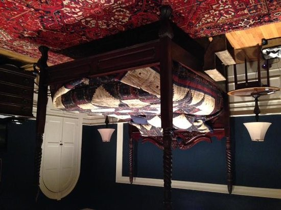 Inn at Lincoln Square: Sleeping Area