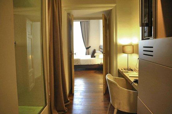 Piazza Farnese Luxury Suites: ingresso suite