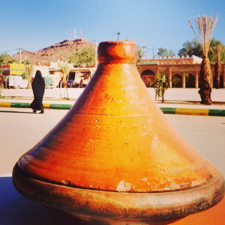 Kasbah Tizimi: На улицах Эрфуда