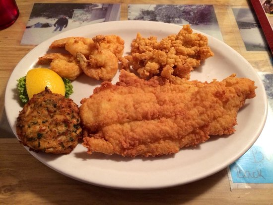 "Diamond Shoals: ""The Seafood Trio"" Fried or broiled options."