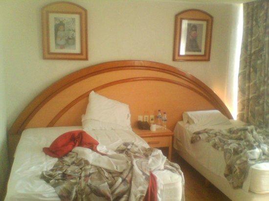 Hotel Diligencias: Las camas son cómodas y limpias.