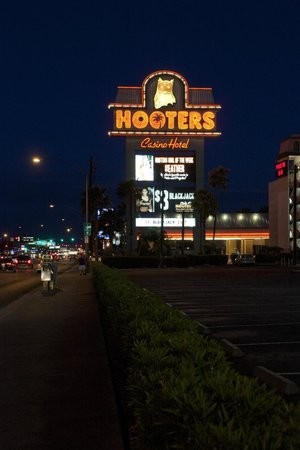 Hooters Casino Hotel: Mainly half naked women and $5 beer on ads
