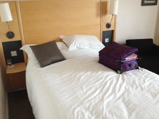 DoubleTree by Hilton London - Westminster: Bed