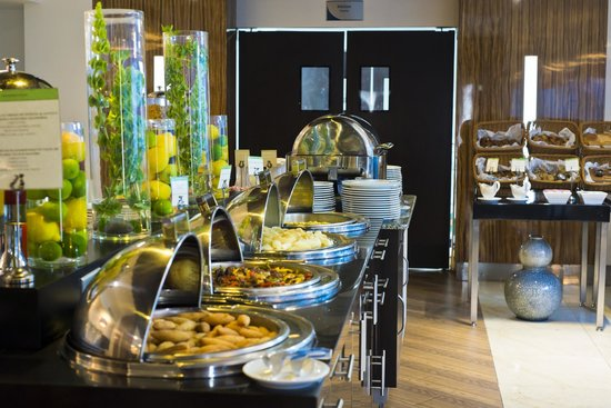 DoubleTree By Hilton Panama City: City Cafe Restaurant Buffet