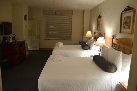 Grand Summit Hotel: Second Bedroom