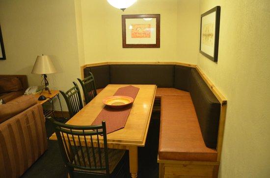 Grand Summit Hotel: Dining Room
