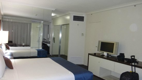 Mantra on View Hotel: Bedroom