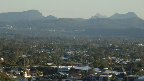 Mantra on View Hotel : View out to Gold Coast hinterland