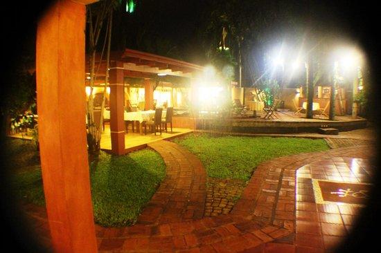 Boutique Hotel de la Fonte : Ground aspect 2