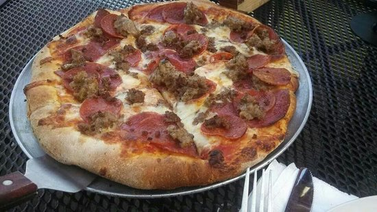 Pizza Bizzar: Meat lovers with pepperoni, sausage and salami