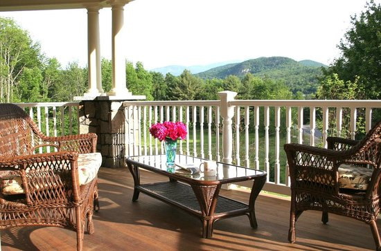 Dining Room at The Inn at Thorn Hill and Spa : Porch