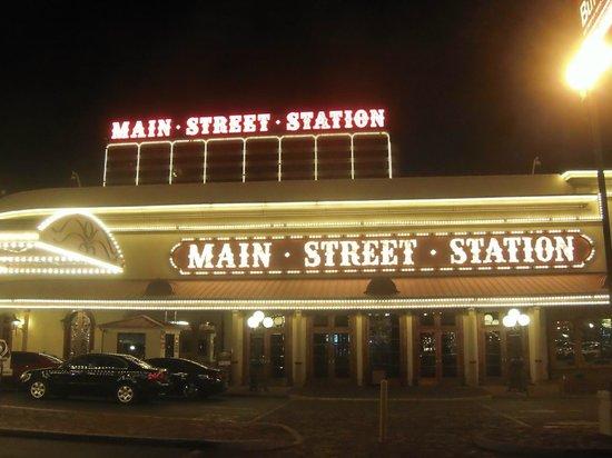 Main Street Station Hotel & Casino: Front Entrance