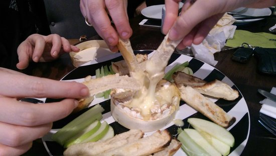 Eighty One: baked camembert sharing