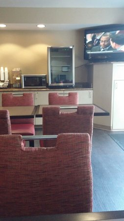 Extended Stay America - Miami - Airport - Miami Springs : Breakfast area