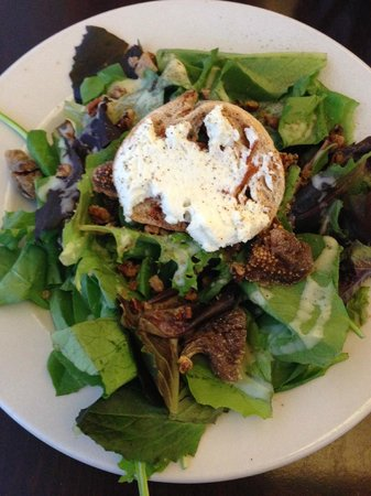 Harrison's Wine Grill & Catering: Local/Organic salad (market price)