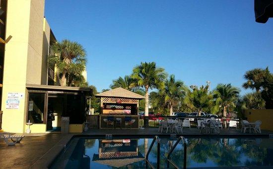 Orlando Continental Plaza Hotel: Área da piscina