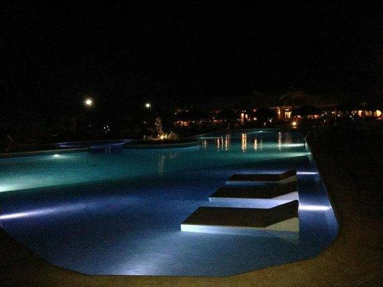 Catalonia Royal Bavaro : night views