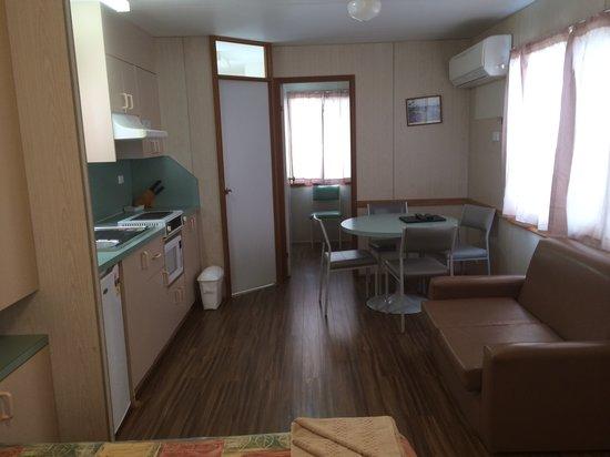 Oasis Coober Pedy Tourist Park: Studio Ensuite Cabins