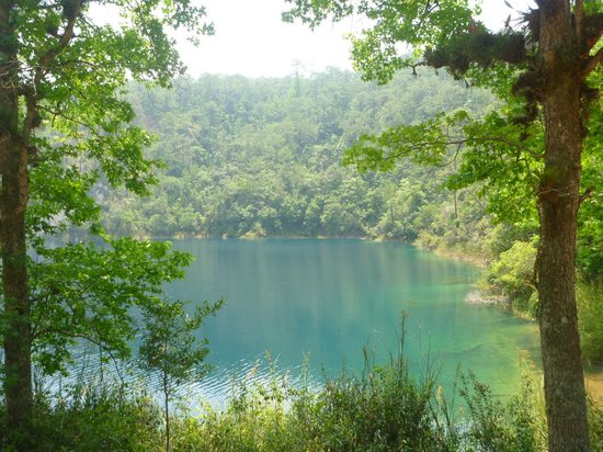 Parque Nacional Lagunas de Montebello: laguna de ensueno