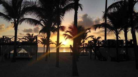 Secrets Royal Beach Punta Cana: sunrise in Punta Cana!