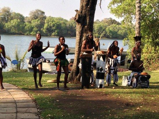 A'Zambezi River Lodge: Evening entertainment