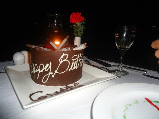 Dreams Huatulco Resort & Spa: Birthday Cake