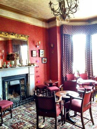 Woodhill House: Beautiful room