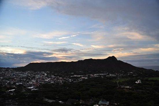 Aston Waikiki Sunset : 朝のDiamond Head