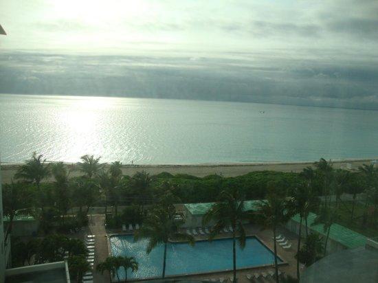 The New Casablanca on the Ocean Hotel: Vista do apartamento!