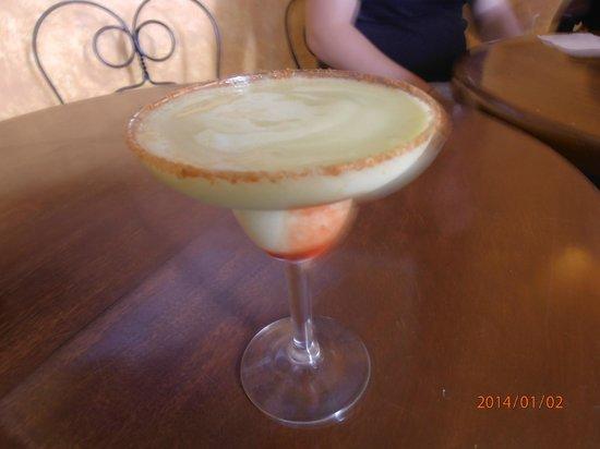 Mundo Cuervo La Rojena : Margarita de abacate!Muito bom.