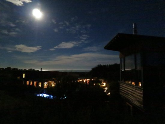 Moon over Hapuku Lodge