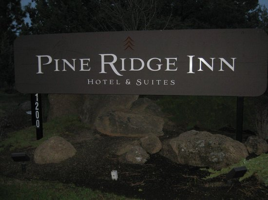 Pine Ridge Inn: Easy to locate