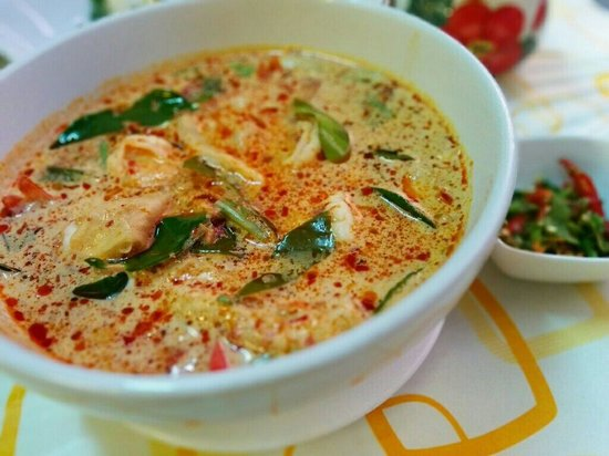 Friendly Kitchen Thai Food: Tom yum kung