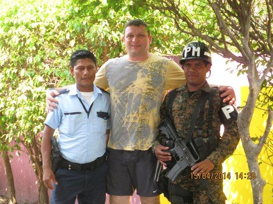 Royal Decameron Salinitas: Security guards