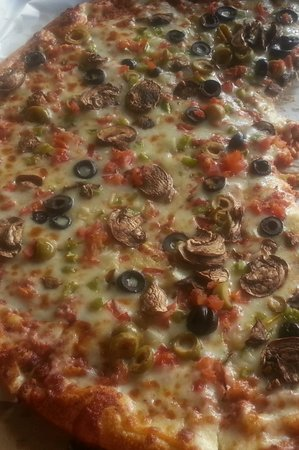 Snappy's Italian Restaurant and Pizzeria: A Supreme Pizza Going Fast