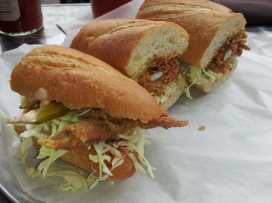 Little Daddy's Gumbo Bar : soft shelled crab po'boy