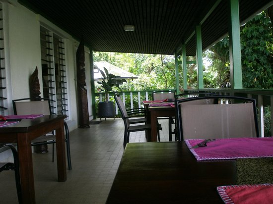 Coral Quays Fish & Dive Resort: Dining Room Balcony