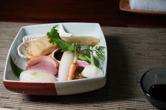 Naginosho : HPに比べるとかなり寂しい野菜盛